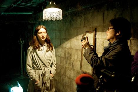 Park Chan Wook directing Mia Wasikowska