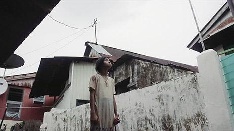 Scene from Sepatu Baru.